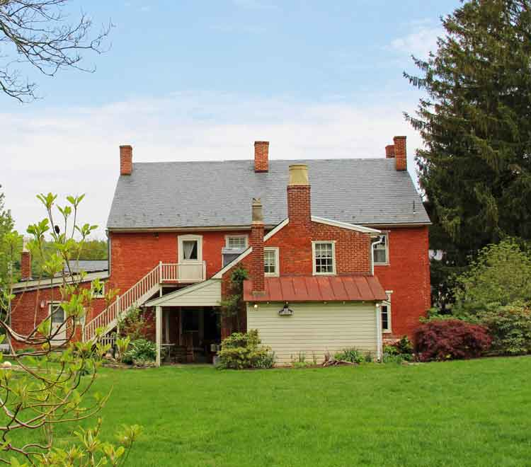 Suites In Lancaster Pa: Mussers' Historic Country Suites