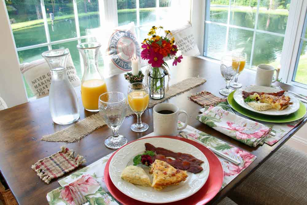 breakfast at the Airy View Bed and Breakfast Lancaster PA
