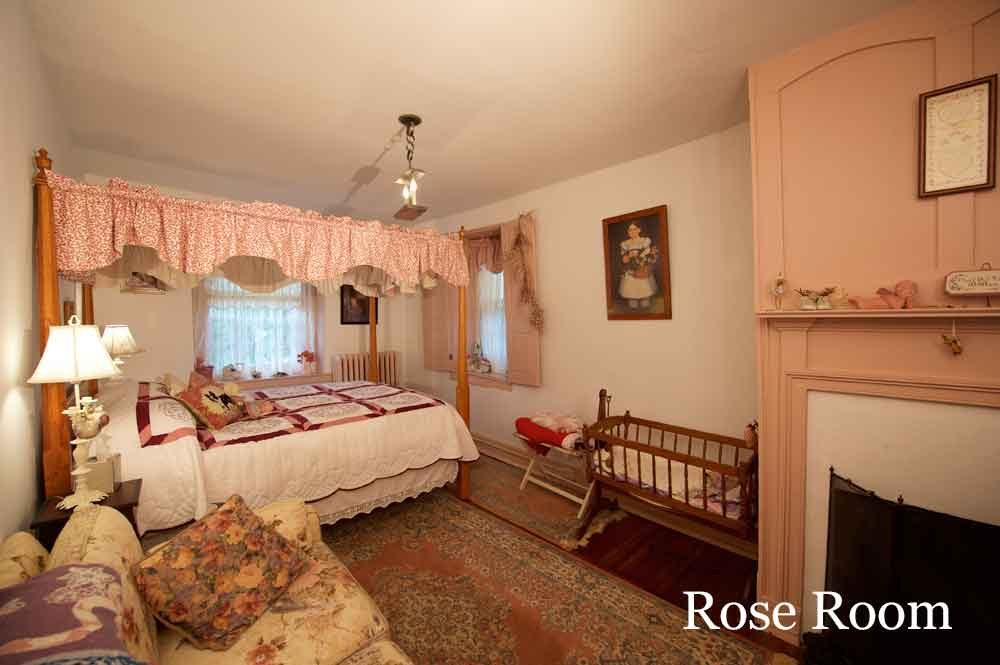 Rose Room at Osceola Mill House Bed & Breakfast