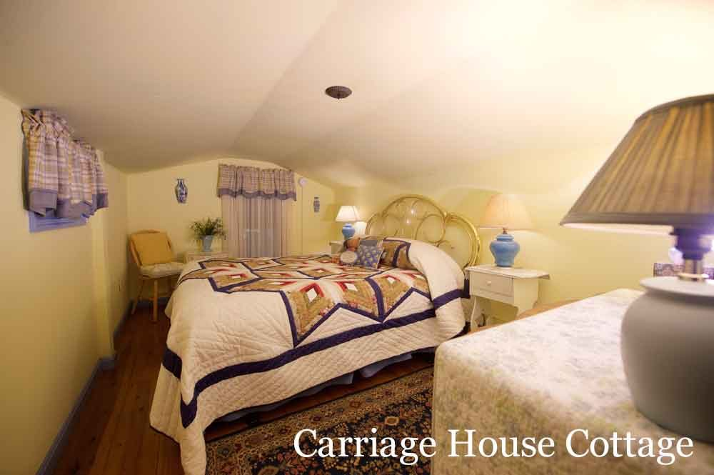 Carriage House Cottage Bedroom at Osceola Mill House Bed & Breakfast